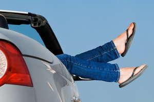 Flip Flops Beim Autofahren