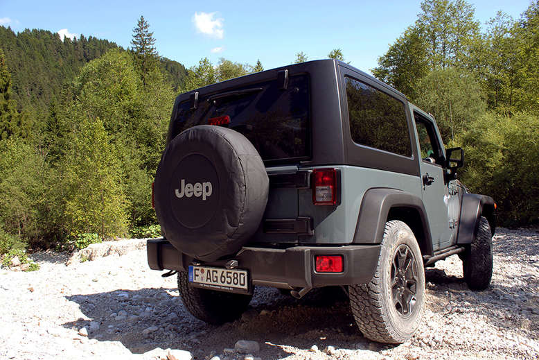 Jeep Wrangler, Rubicon, Heckansicht, 2013, Foto: Jeep