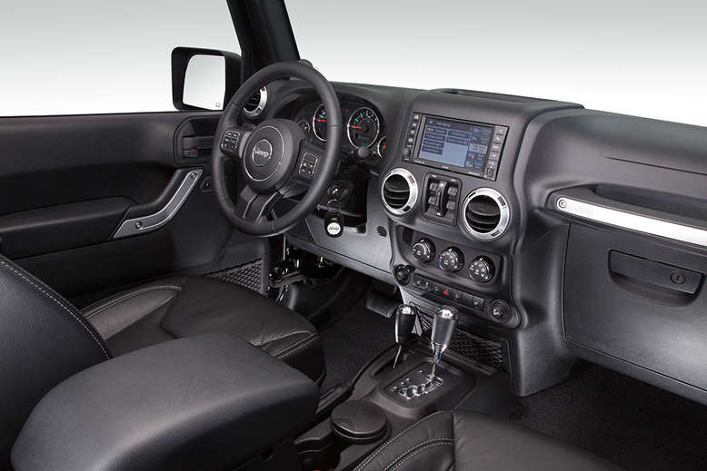 Jeep Wrangler Unlimited, Indian Summer, Innenansicht, Cockpit, 2013, Foto: Jeep
