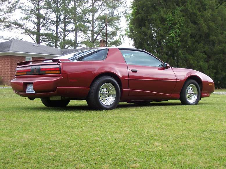 Pontiac Firebird, 3. Generation, Foto: General Motors