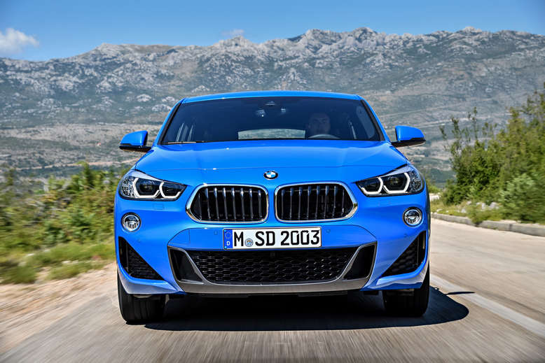 BMW X2, Front