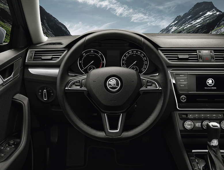 Skoda SuperB Kombi, Cockpit