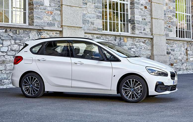 BMW 2er Active Tourer i Performance, Seitenansicht