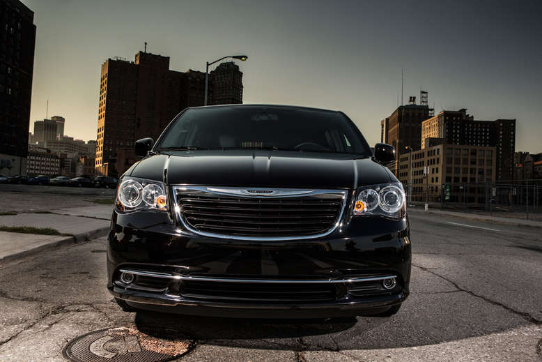 Chrysler Town and Country, Frontansicht, 2013, Foto: Chrysler