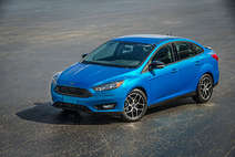 Ford Focus feiert Premiere als 4-Türer und Electric Version